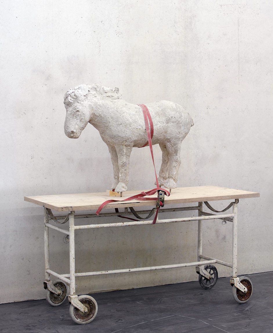 Pferd auf Bahre (Horse on stretcher), 2006, concrete, stretcher, 162 x 70 x 150 cm